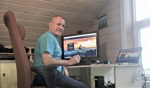 UTVIKLINGSSJEF: Olav Steimler har ein type jobb der han manga av arbeidsdagane kan gjere fullverdig jobb frå heimekontoret på Reksta.