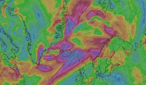 MYE VIND:  Ofoten, Lofoten og Salten får sørvestlig liten og periodevis full storm med kraftige vindkast inn mot land. Det blir også en god del nedbør.