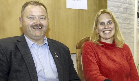 NYTT RADARPAR: Per Olav Stenslet (H) og Kamilla Thue (Ap) ble tirsdag kveld valgt til henholdsvis varaordfører og ordfører for den neste fireårsperioden. Stenslet vil dessuten fungere som ordfører fra februar til over sommeren ettersom Kamilla Thue skal ut i fødselspermisjon.BILDER: SIGMUND FOSSEN