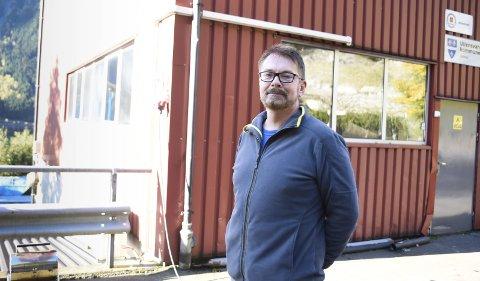 Verksemdleiar Jan Tore Knudsen seier det på sikt vert størst endring for mange av innbyggjarane i tidlegare Odda kommune og minst mogleg endring for dei som har hatt Indre Hordaland Miljøverk si ordning.