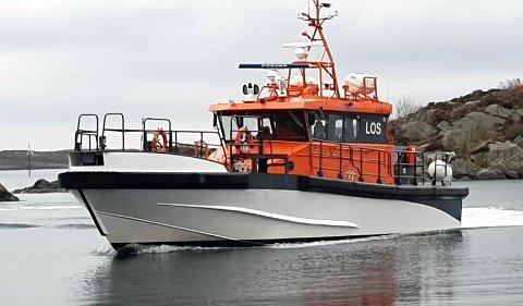 LOS: Losbåten reddet de to unge karmøybuene opp fra sjøen.