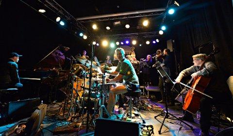 EN OPPLEVELSE: Trondheim Jazz Orchestra + Atomic leverte en god konsert på EnergiMølla onsdag kveld.