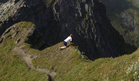 Luftig: Turen opp på de fem fjellene i Vågan er luftig, som man ser.