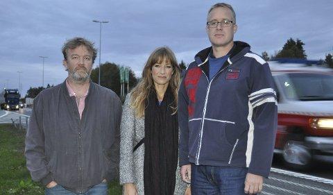 Plaget av støy: Hanan Vel, her ved Gard Molvig, Eline Smith og André Aasgaard, bestilte rapporten fra Norsk forening mot støy.