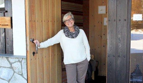 """Elisabeth Winther på Øigardseter fjellstue kan si """"se`s igjen til høsten"""" til mange av gjestene. - Det blir veldig målbart når de bestiller nytt opphold før de har gått ut døra, sier Winther."""