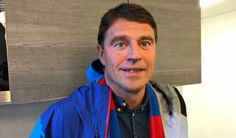 BEINA PÅ JORDA: Daglig leder i TUIL og tidligere keepertrener i TIL, Inge Takøy, er gjest i en duggfrisk episode av vår fotballpodkast JoMos Kosmos.