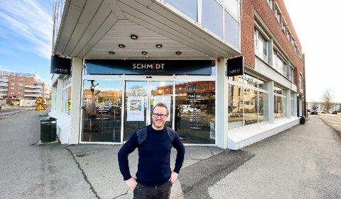 SNART KLAR: Kjetil Furuseth (40) fra Langhus gleder seg til å åpne Schmidt Kjøkken Ski i de gamle Jysk-lokalene i midten av mars.