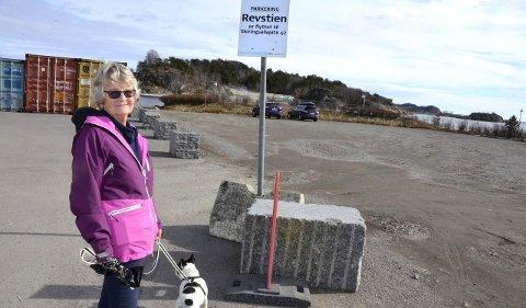 Forbudt: - Håper fortsatt handikappede kan benytte Revstien, sier Torill Lundgreen Stousland. Foto: Bjørn-Tore Sandbrekkene