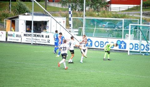 STERK: Kristian Eriksen satte inn Elverums andre mål, etter et mønsterangrep av hjemmelaget.