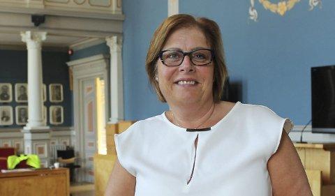 UTE AV RINGEN: Høyre vil ha samme plattform som regjeringa.