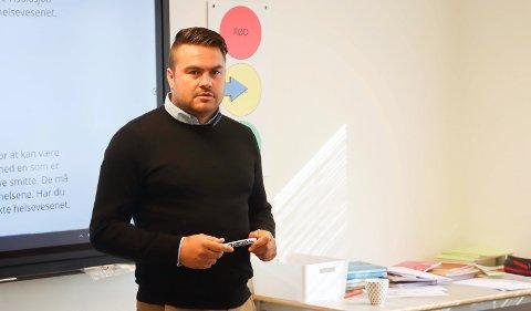 FØRST UT MED KURS: Lærer Morten Knudsen ved Grønli skole var den første som gikk gjennom kurset.
