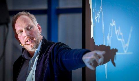 Svak befolkningsvekst og få nye arbeidsplasser er utfordringer for et Nordland som fortsatt går godt, ifølge dekan ved Handelshøgskolen, Nord Universitet, Erlend Bullvåg.