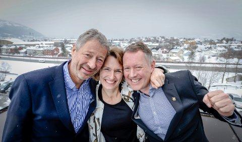 Pressekonferanse om ny storflyplass på Hauan i Rana og på Helgeland. Erik Wulfsberg, Aino Olaisen, Henrik Johansen,