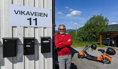 Zar eiendom og Roger Håkonsen skal bygge utleieboliger i Vikaveien, nedenfor det gamle Frelsesarmehuset. – I dag er det mange tomannsboliger i sentrum som er bygget om til fem til seks enheter. Det er ikke slike leiligheter tilflytterne våre vil ha, sier han.