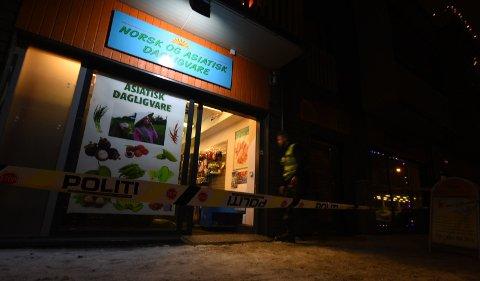 IGJEN: Det er kun to måneder siden samme butikk ble ranet. Tre tenåringer har erkjent å stå bak ranet den gangen. FOTO: VIDAR SANDNES