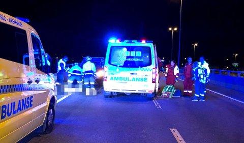 ULYKKEN: Veiarbeideren ble lagt i kunstig koma etter ulykken i Lillestrøm. Nå er han ved bevissthet og kan gå igjen.