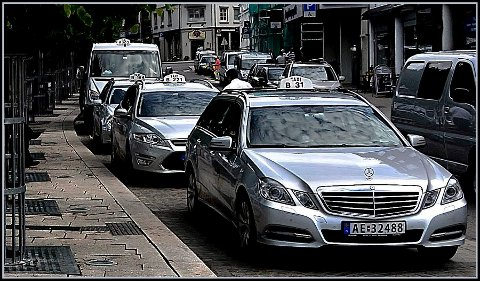 TURTE IKKE ANMELDE: Taxinæringen turte ikke anmelde Sarpsborg kommune for ulovlig kjøring fordi de fryktet å miste også skolekjøringen.