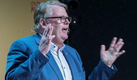 KrFs parlamentariske nestleder Hans Fredrik Grøvan varsler klare krav fra partiet til oppfølging av bemanningsnormer i barnehage og skole i neste års budsjett.