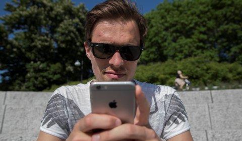 Ungdom bruker helst Snapchat når de skal dele ferieminner.