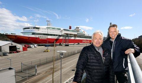 - MÅ BESTÅ: Erling Dahl (til venstre) i Bamble Frp og Knut Morten Johansen i Skien Frp mener at dagens taxfreeordning må bestå.