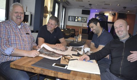 AVSLUTTER: Slik så det ut da Hans Aarak (til venstre), Robert Imre Lind, Zirek Suleyman og Simon Bartley startet opp restauranten Tapa. Nå har de avsluttet driften.