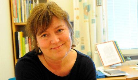 GIR RÅD: Lise Fjellstad er enhetsleder barn, unge og familier i Nittedal kommune, og forteller at det viktigste er å skape rutiner og fortelle barna at det kommer til å gå bra.