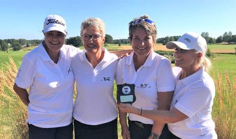 SØLVDAMENE: Drøbak Golfklubbs senior damer som i helgen tok sølv i NM 1. divisjon. Fra venstre: Marit Munthe-Kaas, Kirsten Ravne Bugten, Kjellaug Sælen og Tina Lindvall Selstad.