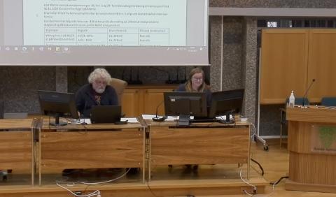Forslag: Bjørn Røkkum kom med oversendelsesforslag.