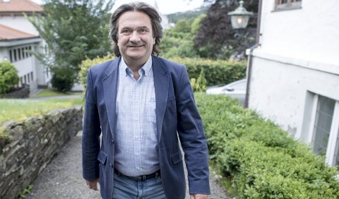Vidar Trellevik er på vei tilbake i filmbransjen etter å ha ligget nede med brukket rygg etter at et italiensk filmproduksjonsselskap ikke betalte for seg. Nå satser han flere kort på at et annet italiensk selskap skal lage en ny storproduksjon av en av Jo Nesbø sine siste bøker, «Mere snø».