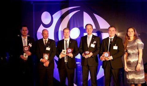 Juryleder Simone Møkster delte ut IMRF Local Hero Award til f.v. Frode Rostad og Stein Erik Aanerud fra Mjøsa og Magnus Hafslund, Kristian Lundemo og Espen Hole fra Bergen.