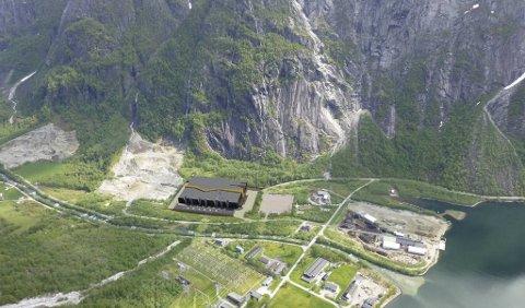 Illustrasjon av den planlagte basen i Sima.