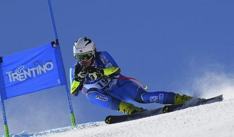 KJEMPESESONG: Lucas Braathen valset opp med langt eldre og mer rutinerte alpinister i Europacupen.