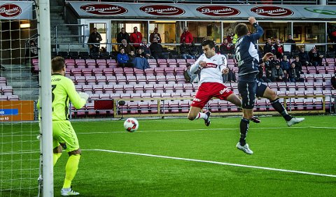 Ny fulltreffer: Sanel Kapidzic scoret sist Sarpsborg08 gjestet Fredrikstad Stadion. Torsdag drømmer han om en reprise. (foto: geir a. carlsson)