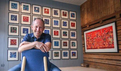 Snurrebilder: Fredag åpner Lars Ole Klavestad sitt galleri i Gamlebyen. Han er litt spent.