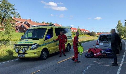 Ulykken skjedde på Svarverudvegen i Nes.
