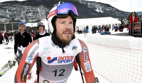 Kjetil Jansrud står over verdenscupåpningen i Sölden.