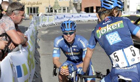 SLITEN: Rasmus Fossum Tiller var dyktig sliten etter en langspurt som ga ham NM-sølv.