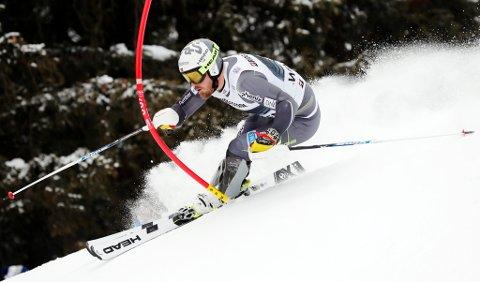 Kjetil Jansrud ligger på 13.-plass etter slalåmdelen av fredagens superkombinasjon i Wengen.