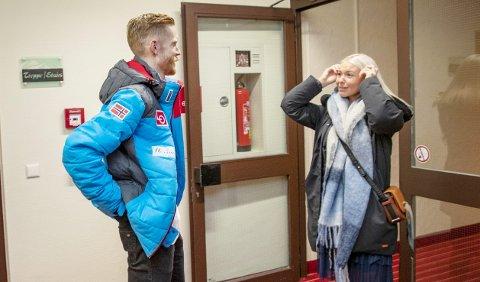 FIKK BESØK: Robert Johansson fikk besøk av kjæresten Marlene Messel på nyttårsaften i Garmisch-Partenkirchen.