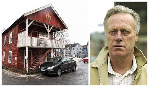 VERNEVERDIG OMRÅDE: Eiendomsselskapet til Tom Hagen har fått varsel om tvangsmulkt på 500 kroner dagen, begrunnet med manglende vedlikehold av bygningen.