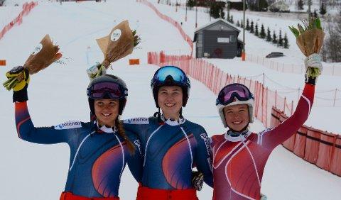 MEDALJE: Hannah Sæthereng (til høyre) tok bronse i NM. Her sammen med Marte Edseth Berg og Marte Monsen. Foto: Stein B. Olsen