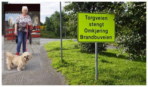 MÅ BRYTE GAMMEL VANE: Teodor (11) og Inger Berit Ovren har gått sin faste tur i Brandbu hver dag i tre år. At Torgveien var stengt likte Teodor svært dårlig.