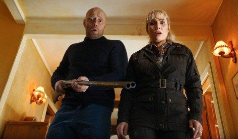 ACTION: Aksel Hennie og Noomi Rapace har hovedrollene i den mørke actionfilmen regissert av Tommy Wirkola.