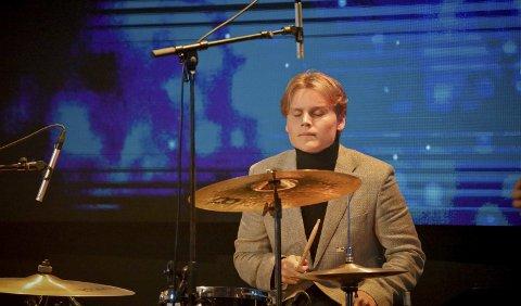 Dyp rytmisk konsentrasjon: Alfred Haavelsrud under Haldengallaen. Foto: Arfan Baomidehaq.