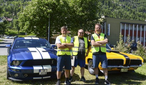 Arrangørar: Lars Arne Sandvin /t.v.) Lars Arne Stenberg og Frode Johanson var nøgde med dagen.