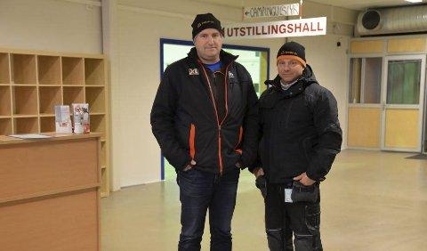 KAN JUBLE: Olav Nilsen og Bengt Andersen hos Byggmester Bengt Andersen AS kan glede seg over knallresultat i 2018.