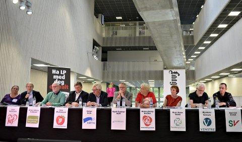 MYE NYTT: Kongsberg kommunestyre vil bestå av ti av de 11 partiene som stilte til valg. Alle disse er inne. Fra venstre: Veslemøy Fjerdingstad (rødt), Just Salvesen (KrF), Arne Johan Isaksen (MDG), Odd Mortensen (Frp), Helge Evju (H), Kjell Gunnar Hoff (Kongsberglista), Anne-Jenny Archer (Ap), Kari-Anne Sand (Sp), Øystein Senum (V) og Gernot Ernst (SV).