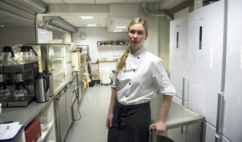 Sandra Spjeld elsker jobben selv om hun tjener minst i denne oversikten med sine 28.000 kroner i måneden. – Jeg synes det er på tide at vi i denne bransjen kommer opp mot gjennomsnittlig industriarbeiderlønn, sier hun.