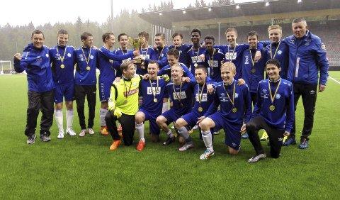 Mer jubel?: To Svolvær-lag kjemper om edelt metall i Umeå i helga, slik SILs G15 gjorde i 2015 da de vant hele turneringen.