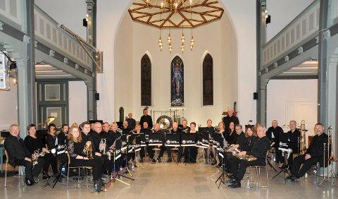 MESSING: Krapfoss Hornorkester i Moss kirke.
